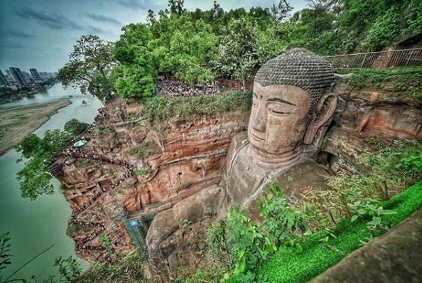 Hi,China More historical than entertainment, new experience in Leshan Giant Buddha. banner