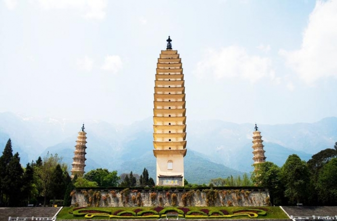 Yunnan travel 10 days driving
