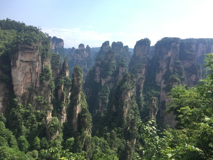 How to go to Zhangjiajie from Chongqing?