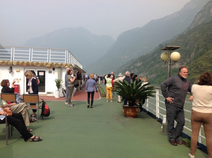 Day excursion from the Boat! Yangtze River!