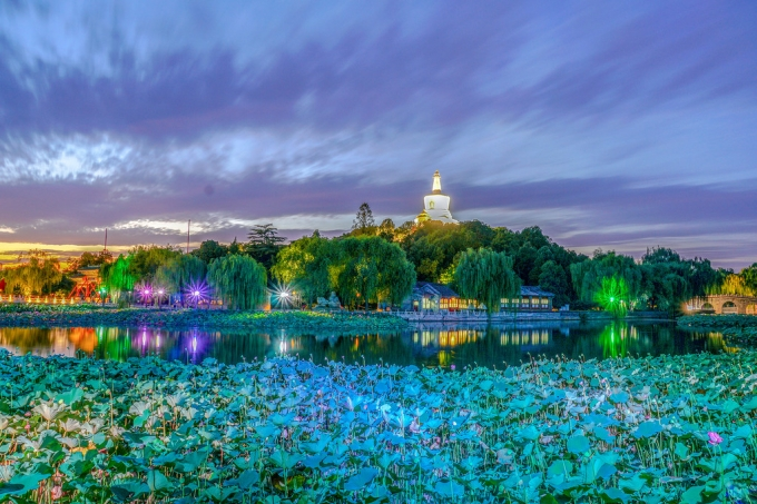 Night of Beijing Beihai Park in 4th September