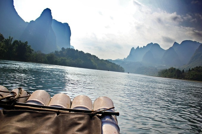 Silhouettes of Guilin and our rafting experience